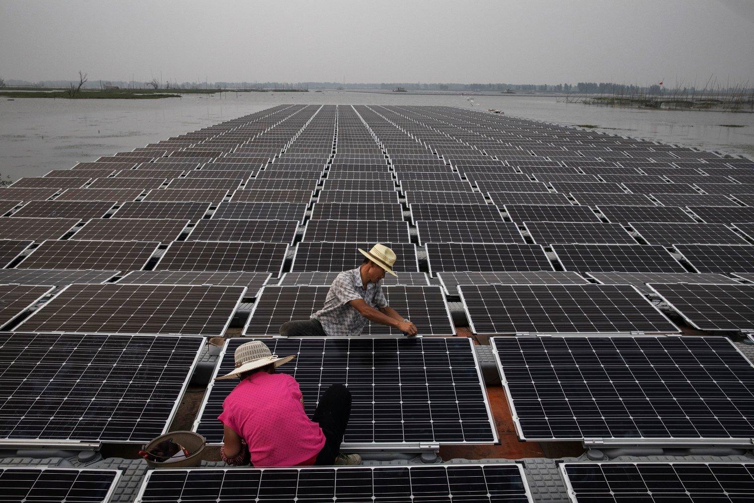 Çin Dünyanın En Büyük Yüzer Güneş Enerjisi Çiftliğini Kuruyor ile ilgili görsel sonucu