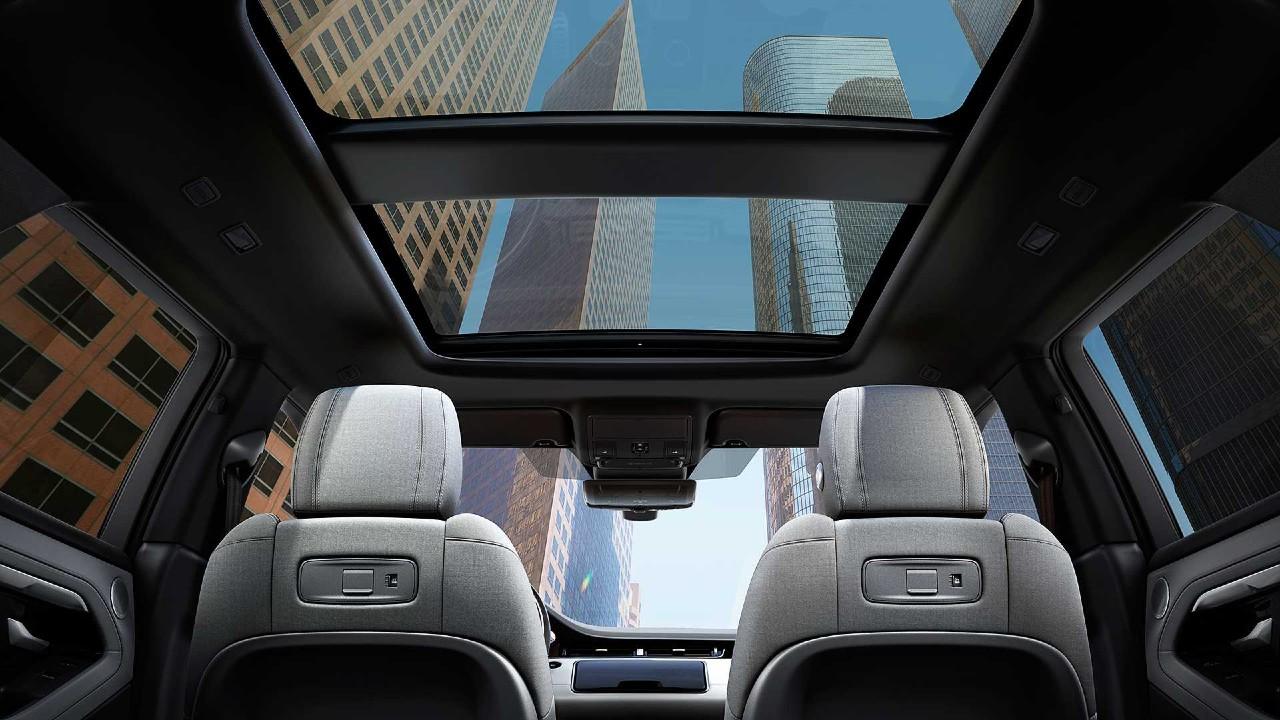 Range Rover Evoque panoramik cam tavan