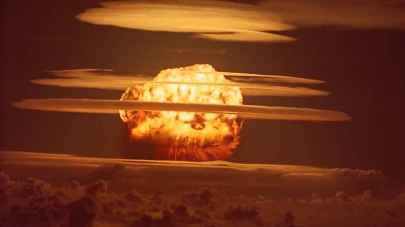 atom bombası ile ilgili görsel sonucu