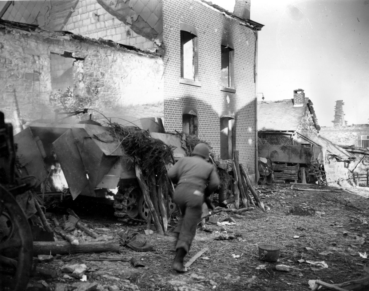 II. Dünya Savaşının siyah ve beyaz kazıları