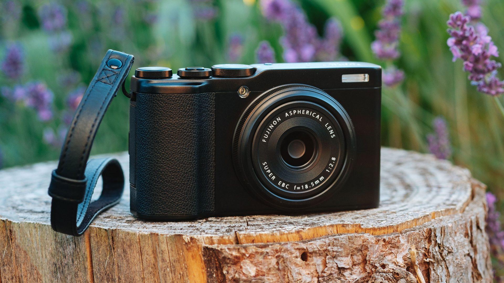 самокат флагманская фотокамера премиум класса прогноз