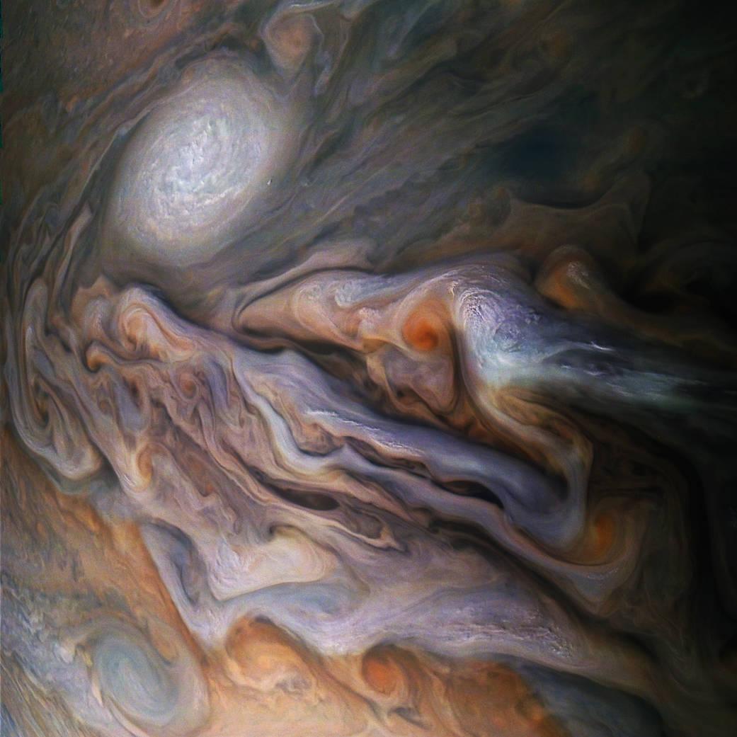 İnanılmaz Güzellikte Fotoğraflarla Jüpiter'in Atmosferi