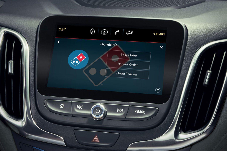 Arabalardan Dominos Pizza Siparişi Vermek Mümkün Olacak