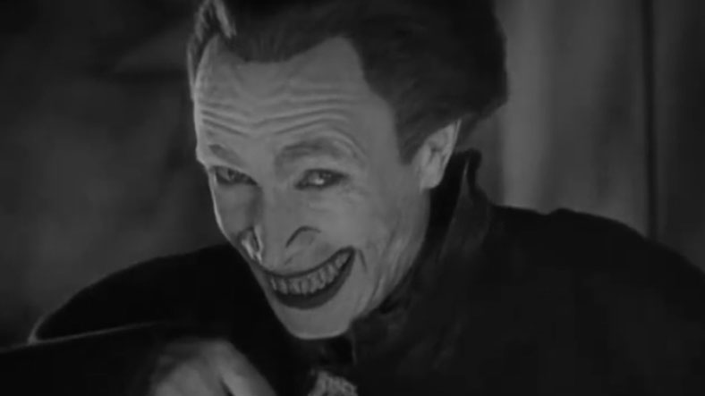joker gülen adam