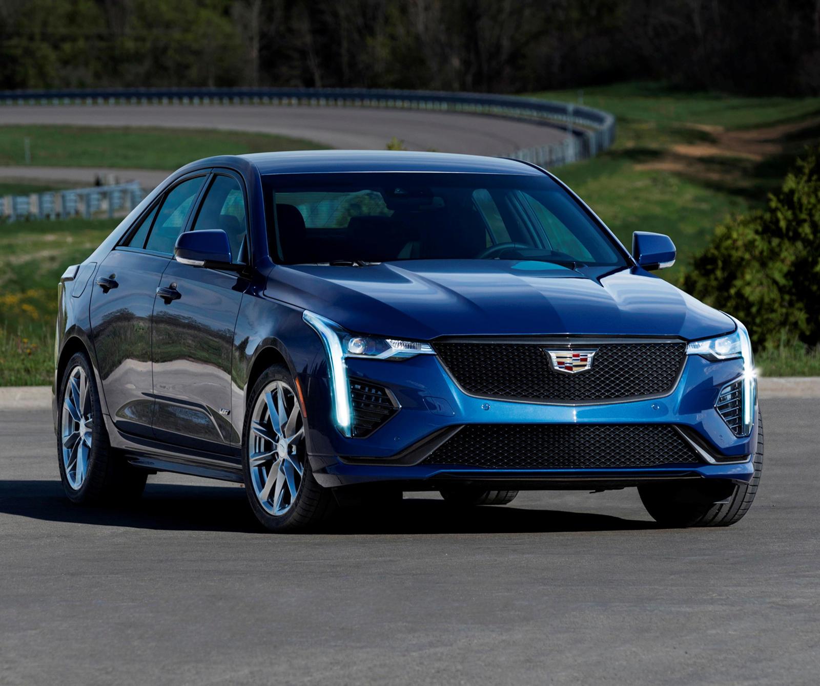 2020 Cadillac CT4-V Ve CT5-V'nin Fiyatları Belli Oldu