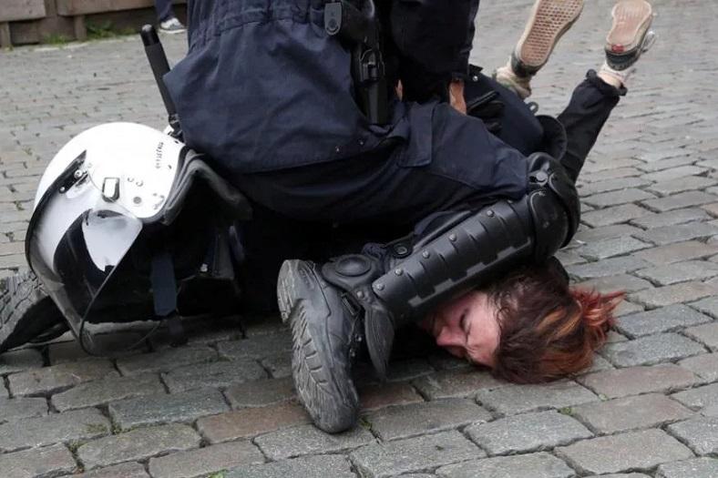 instagram 2019 en popüler fotoğraflar polis