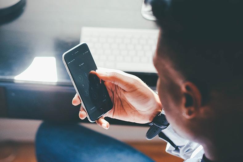 akıllı telefon temizlik