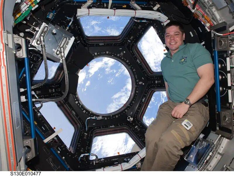 bob behnken uzay görevi