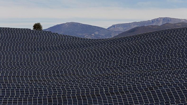 İngiltere güneş enerjisi santrali