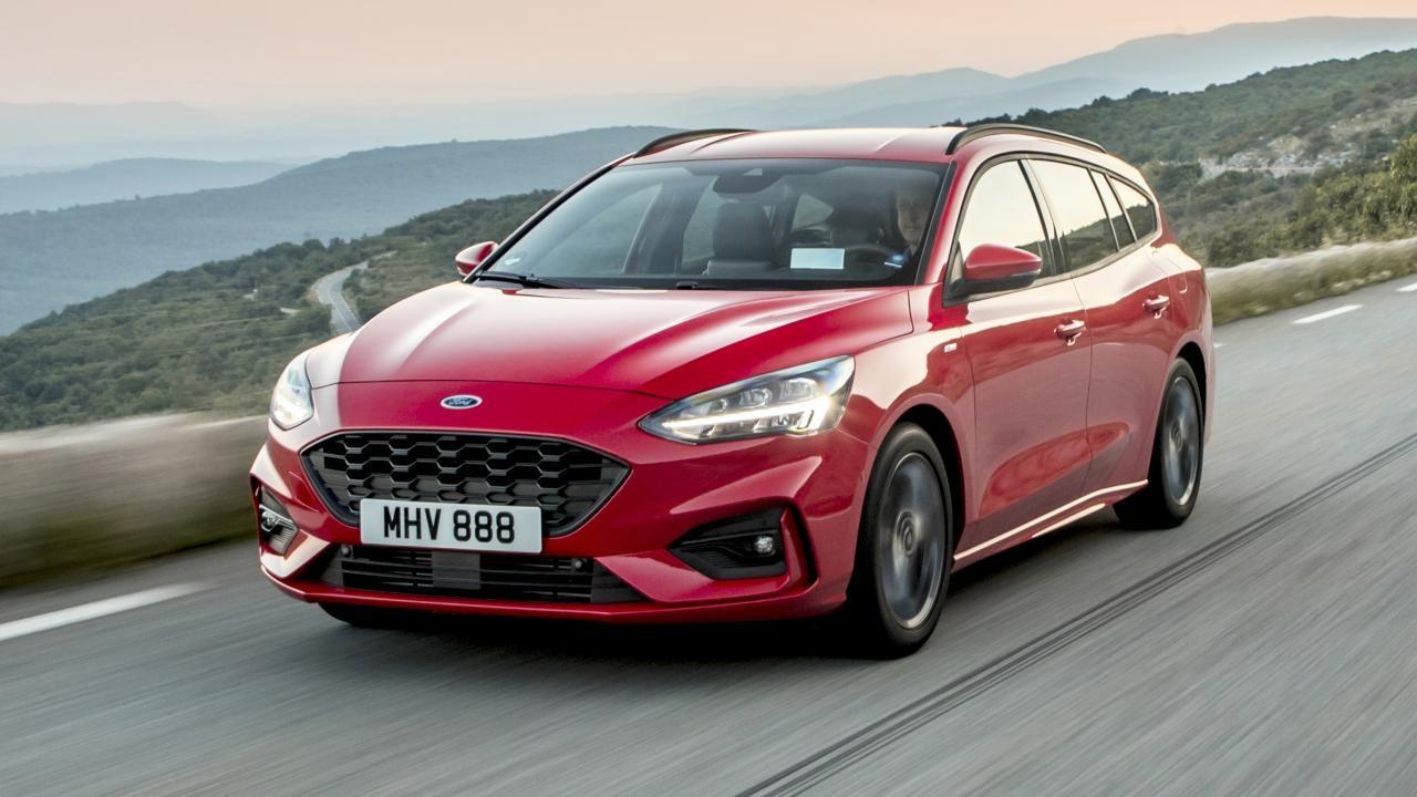 Ford focus 2020 station wagon kırmızı
