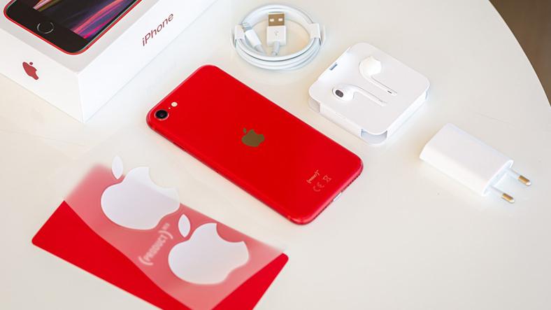 iphone se 2 kutu içeriği