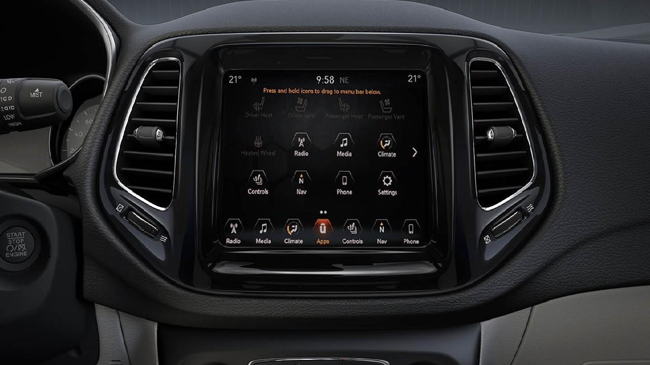 Jeep Compass multimedya