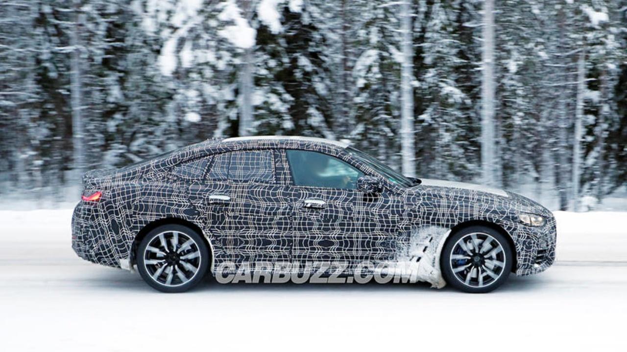 BMW 4 Gran Coupeden Yeni Görüntüler - www.dergikafasi.com