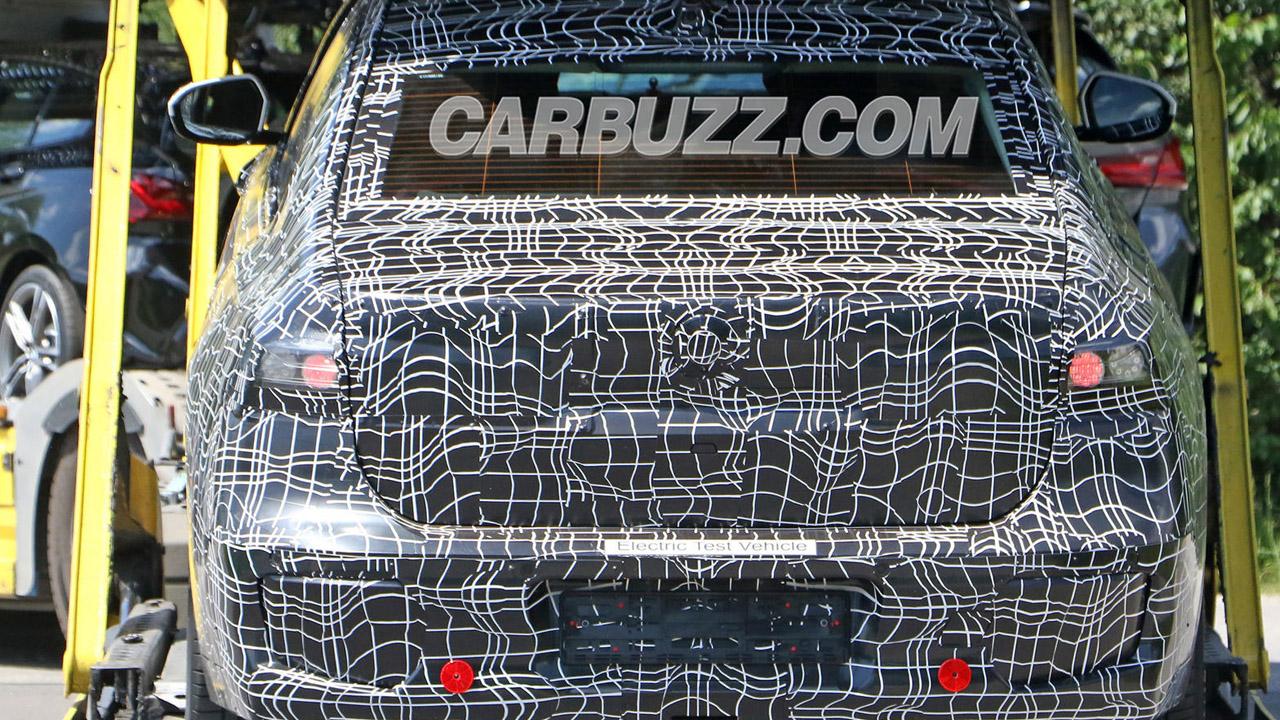 BMW i7