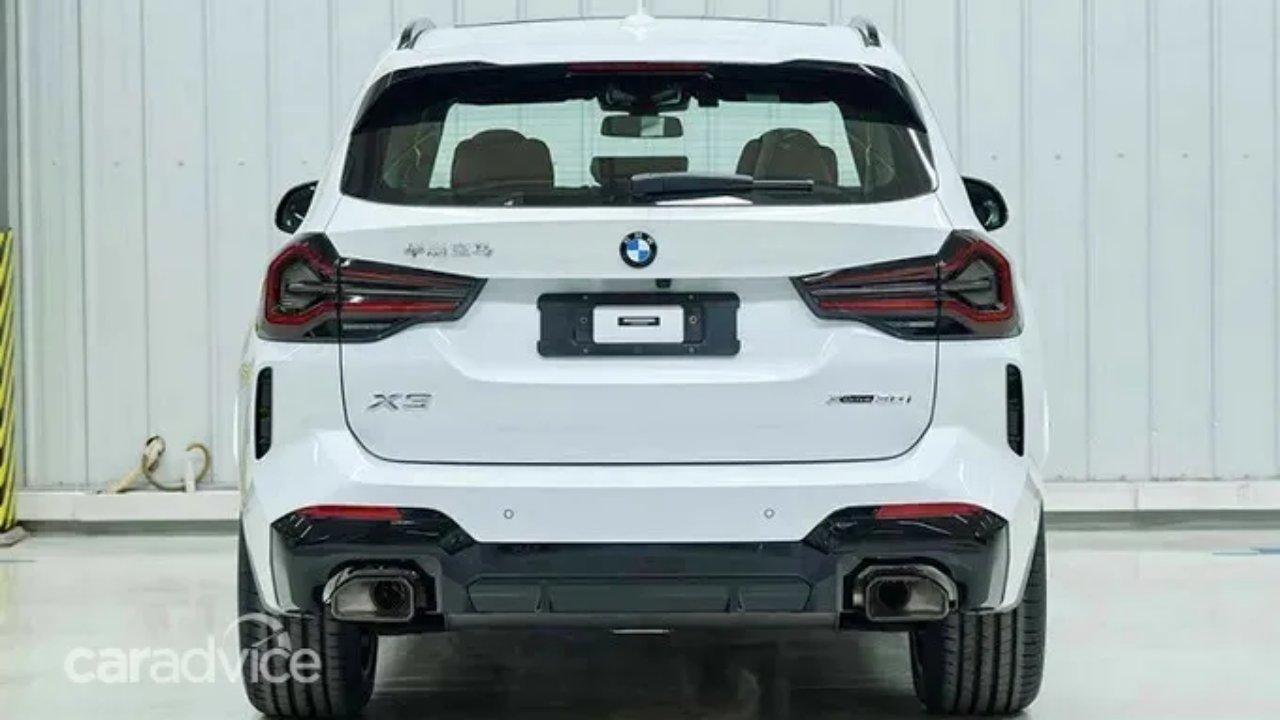 BMW X3 ağ arxa
