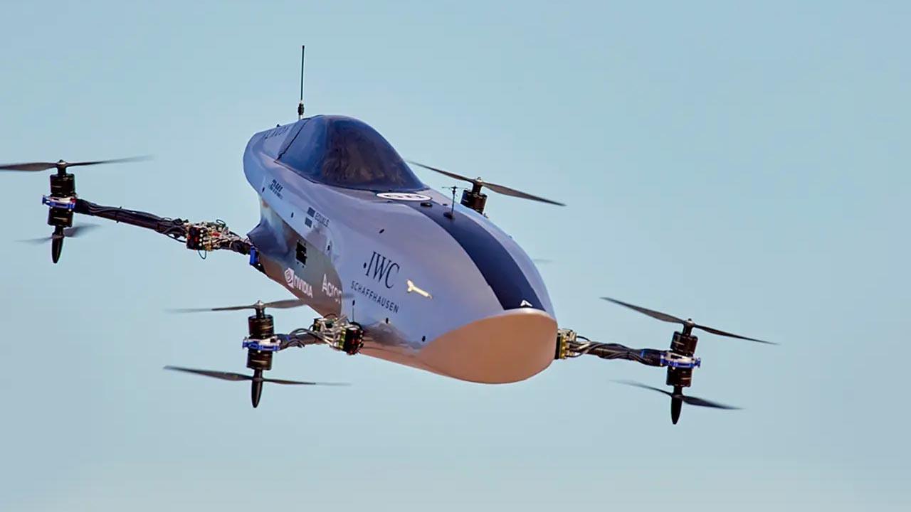 Geleceğin Yarışlarına Hoş Geldiniz: Dünyanın İlk Uçan Yarış Arabası 'Airspeeder Mk3' Tanıtıldı [Video]