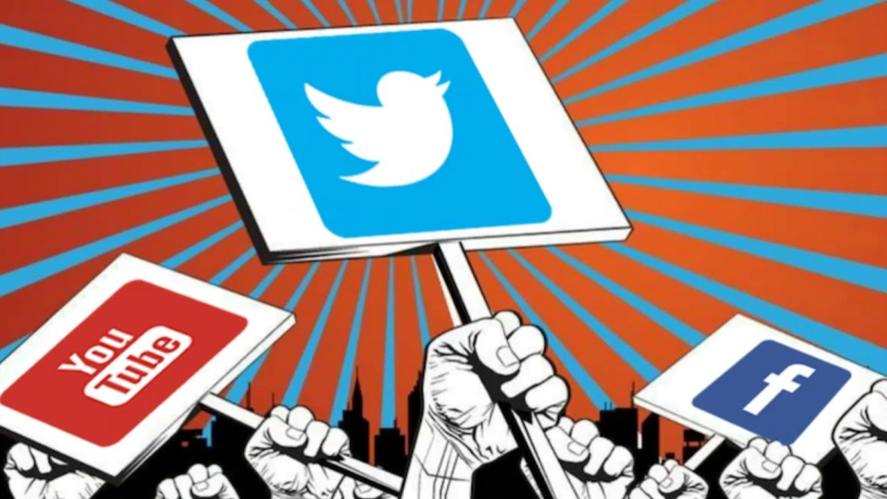 The Way to Fame on Social Media: Teasing Politicians 3