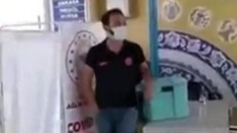 Investigation of Health Officer Calling for Vaccination by Shouting 2