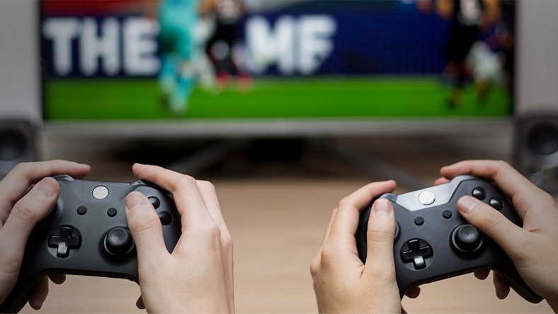 EA Says No In-Game Ad Plans 2