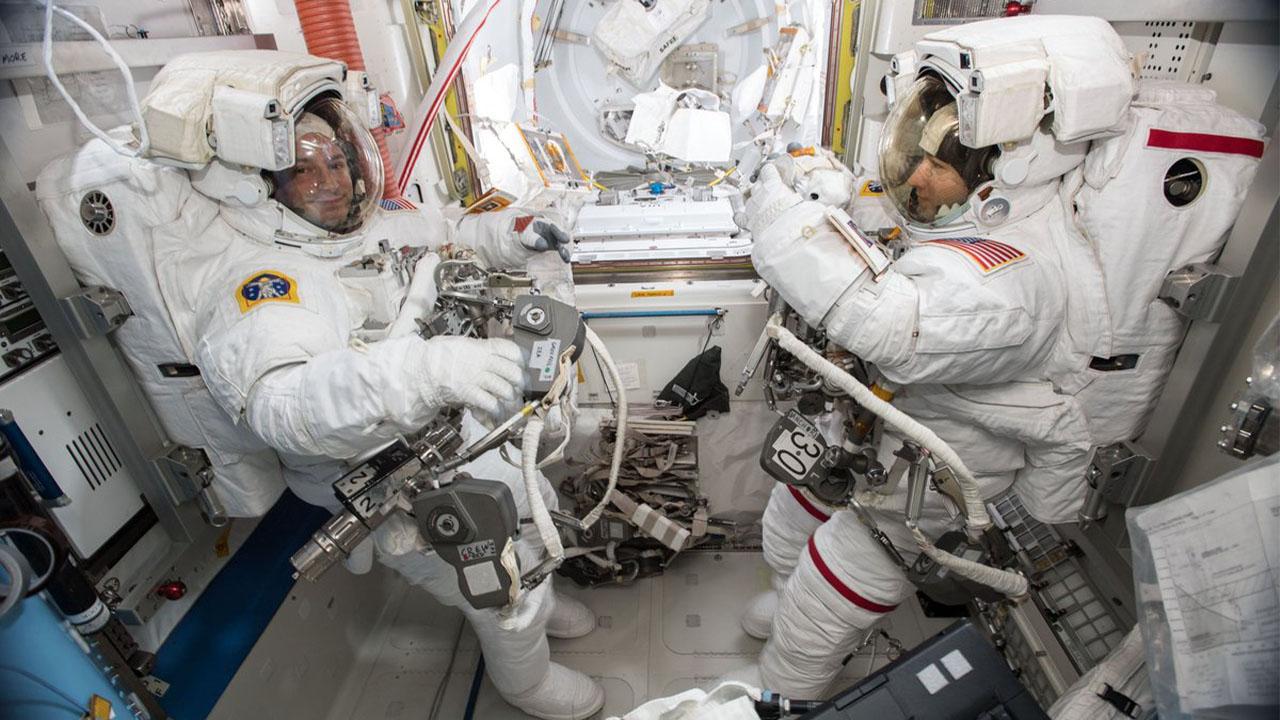 Jeff Bezos ve Richard Branson'a Kötü Haber: 'Astronot' Olabilmek İçin Gerekli Koşullar Değiştirildi