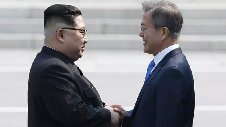 Bir Yeni Mesaj: Güney Kore ile Kuzey Kore Arasındaki İletişim Kanalları 1 Yıl Sonra İlk Kez Açıldı