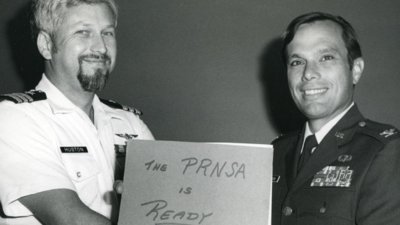 Brad Parkinson (sağ)