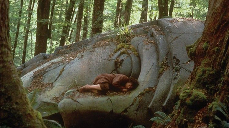 Elijah Wood sleeps on set